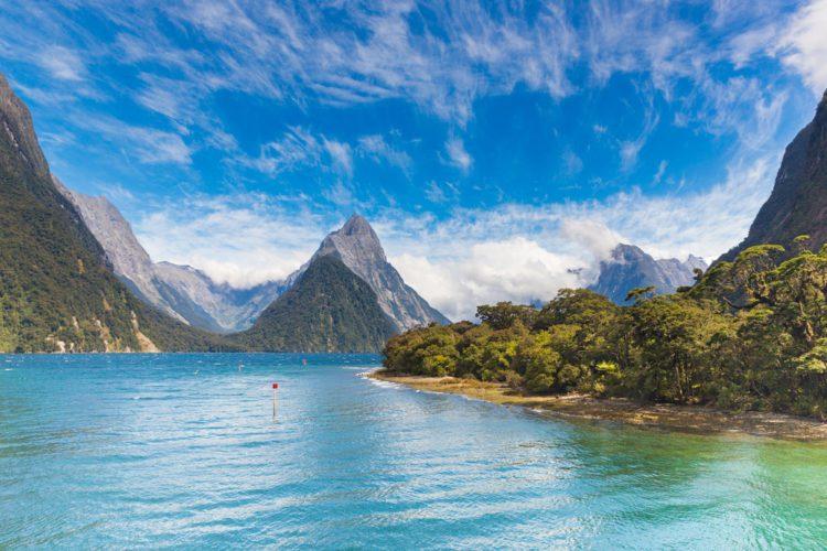 Фьорд Милфорд-Саунд - достопримечательности Новой Зеландии