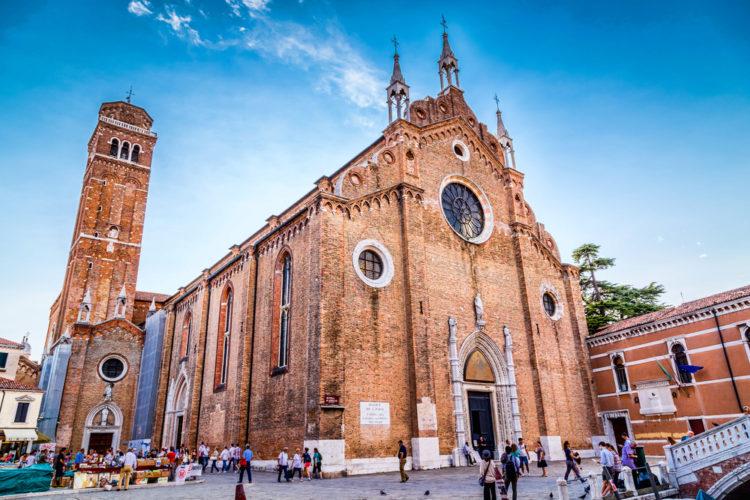 Собор Санта-Мария-Глориоза-деи-Фрари - достопримечательности Венеции