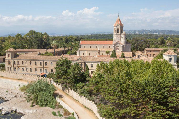 Леринское аббатство - достопримечательности Канн