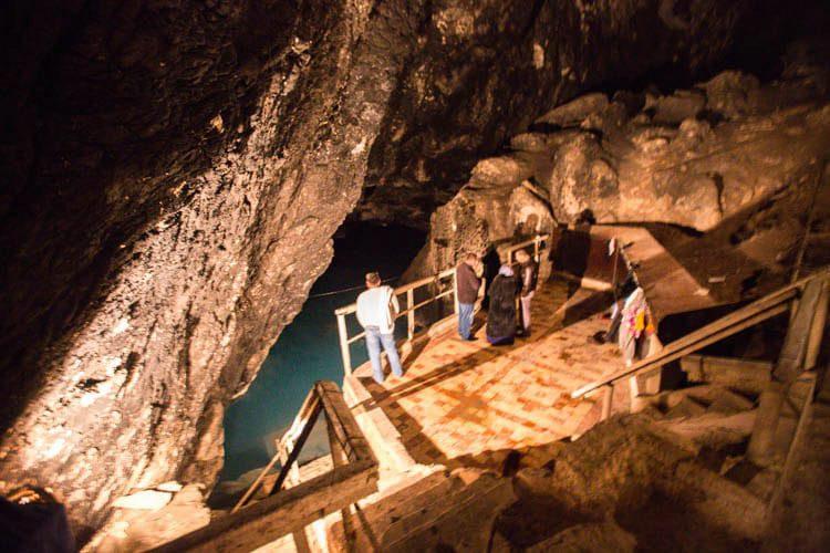 Бахарденская пещера - достопримечательности Туркмении