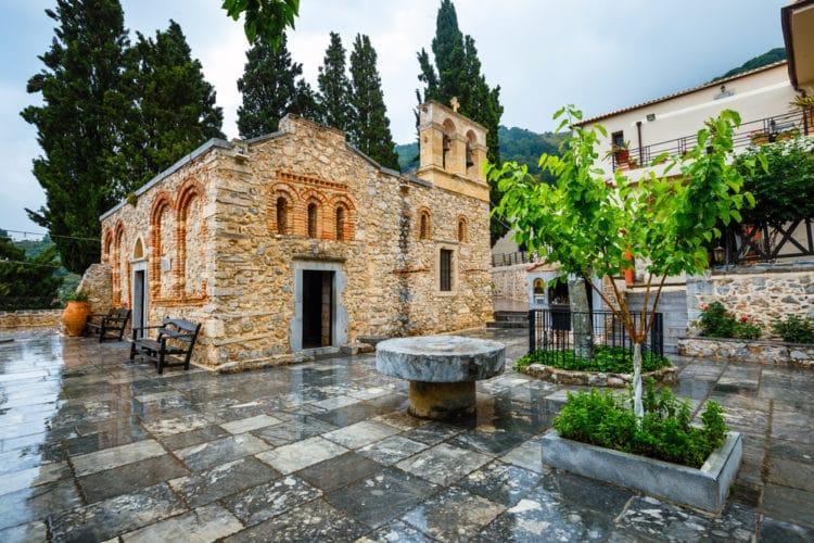 Монастырь Кера Кардиотисса - достопримечательности Крита