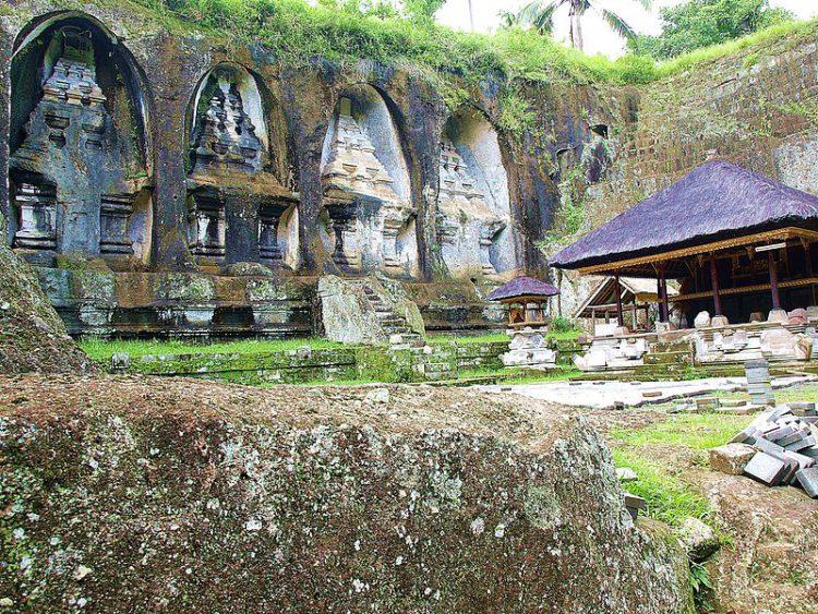 Храм Гунунг Кави - достопримечательности Бали Бали все об бали бали отдых Достопримечательности Бали, что посмотреть на острове или наш ТОП-10 самых интересных мест 13 Gunung Kaw e1528327878594