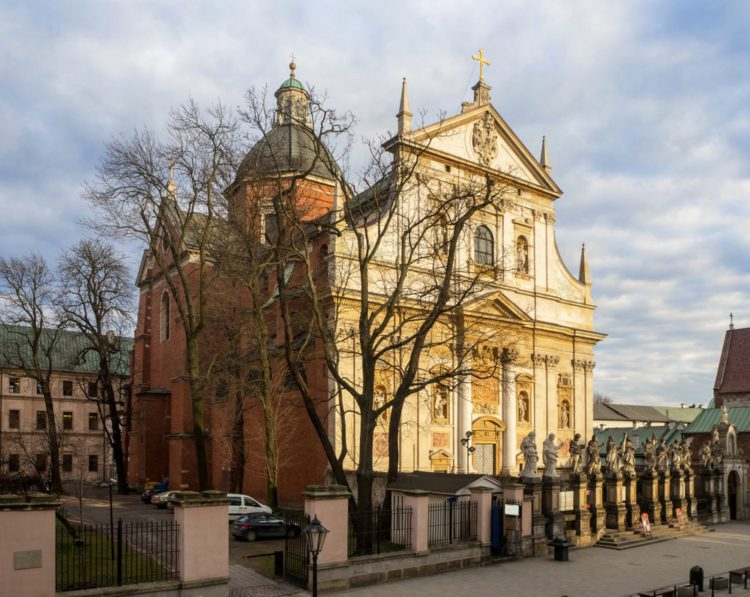 Костёл Святых Петра и Павла - достопримечательности Кракова
