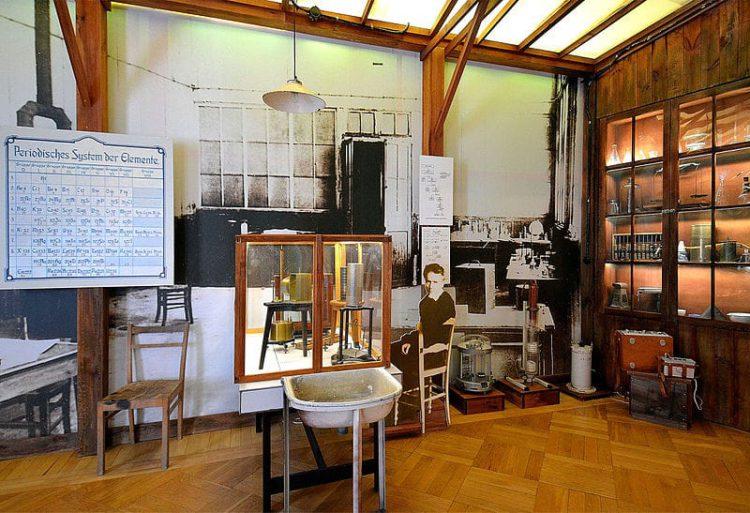 Музей Марии Склодовской-Кюри - достопримечательности Варшавы