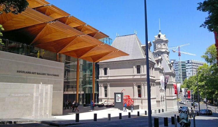 Галерея искусств Окленда - достопримечательности Новой Зеландии