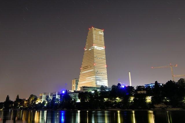 Небоскреб Roche Tower - достопримечательности Базеля