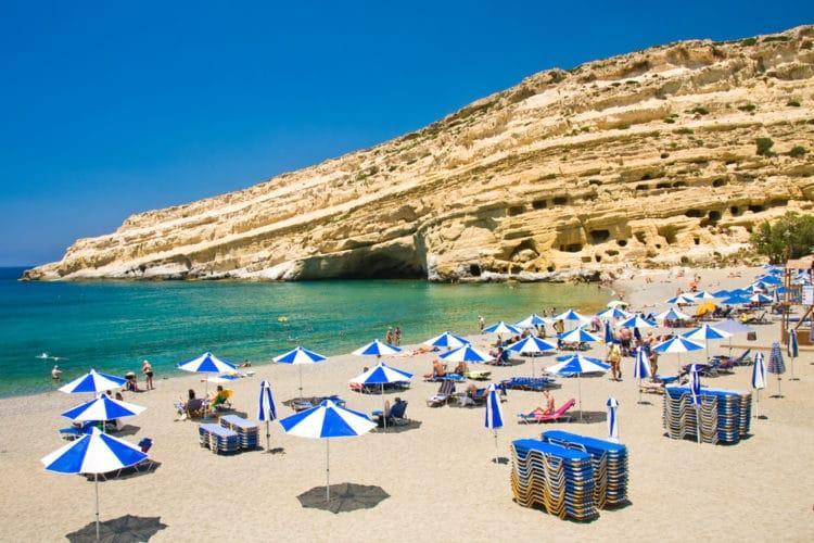 Пляж Матала - достопримечательности Крита