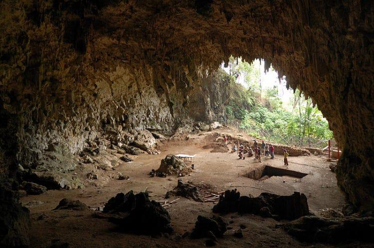Пещеры Табон - достопримечательности Филиппин