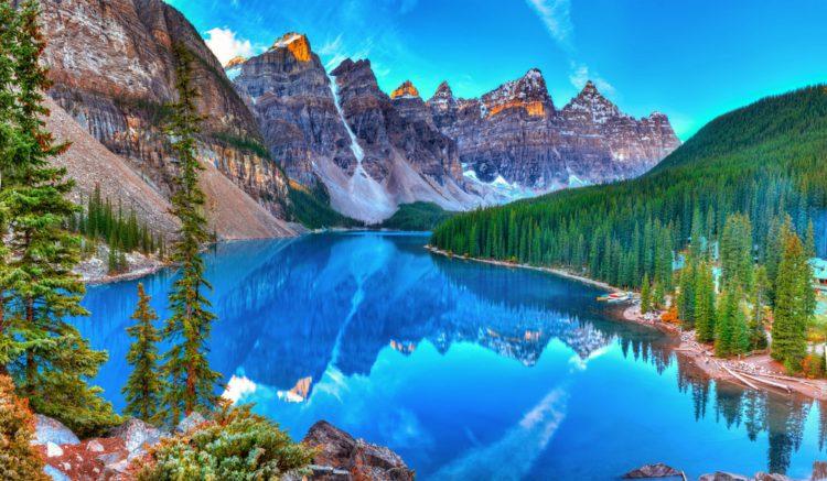 Самые красивые места планеты - ледниковое озеро Морейн, Канада