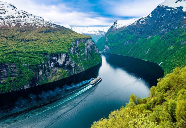 Самые красивые места земли - Гейрангер-фьорд, Норвегия