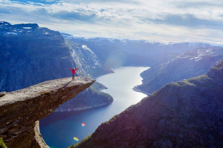 Самые красивые места планеты - язык Тролля, Норвегия