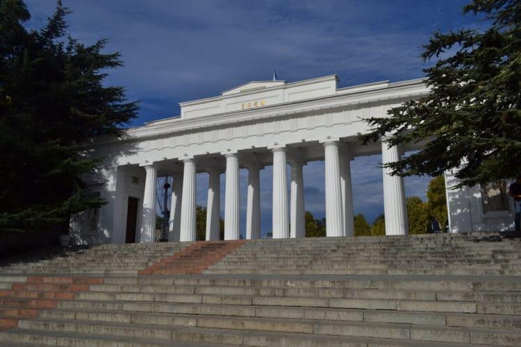 Графская пристань - достопримечательности Севастополя