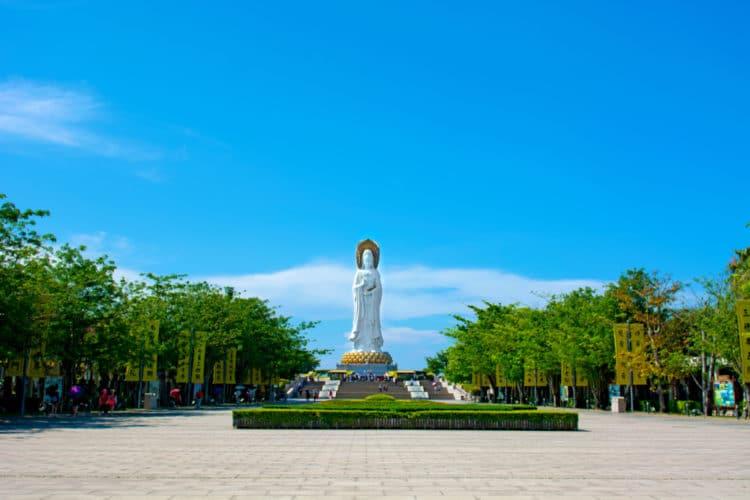 Центр Буддизма Наньшань - достопримечательности острова Хайнань