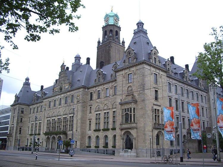 Ратуша Роттердама - достопримечательности Роттердама