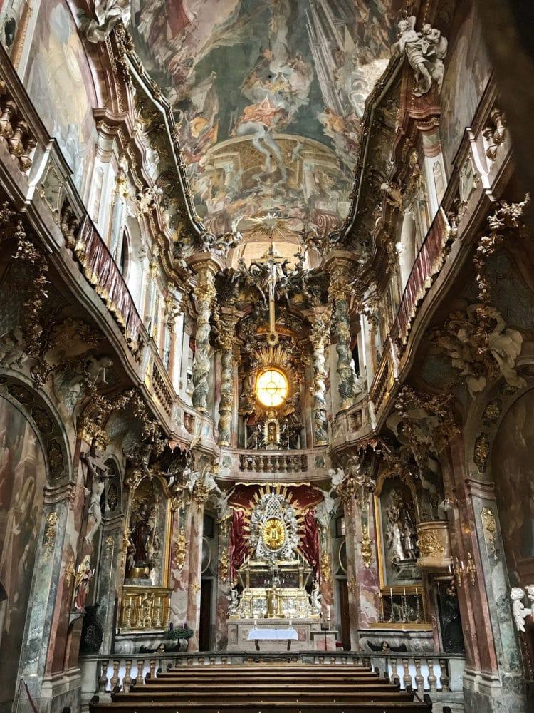 Церковь Азамкирхе - достопримечательности Мюнхена