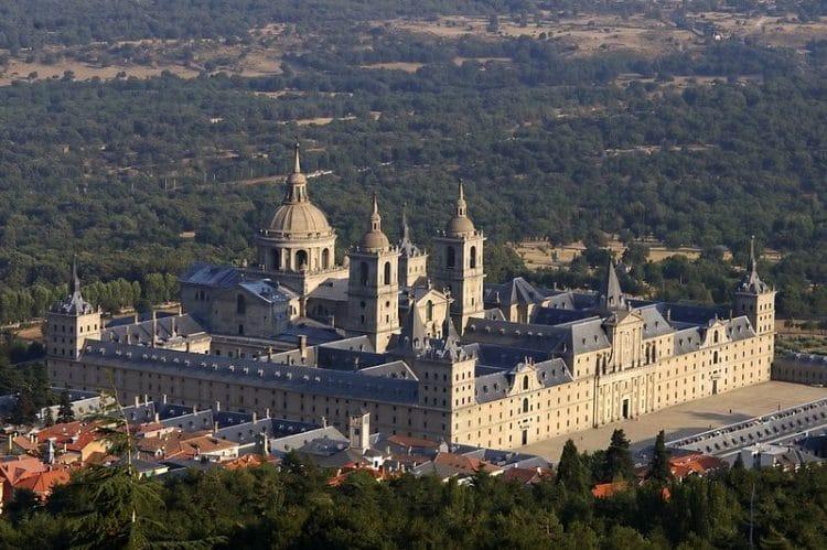 Монастырь Эскориал - достопримечательности Мадрида