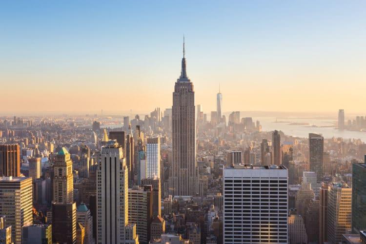 Небоскреб Эмпайр-стейт-Билдинг - достопримечательности Нью-Йорка