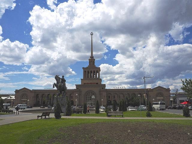 Железнодорожный вокзал Еревана - достопримечательности Еревана