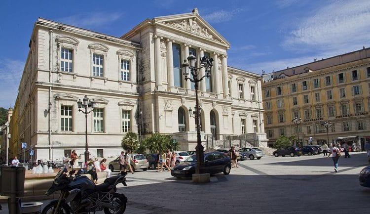 Дворец Юстиции - достопримечательности Ниццы