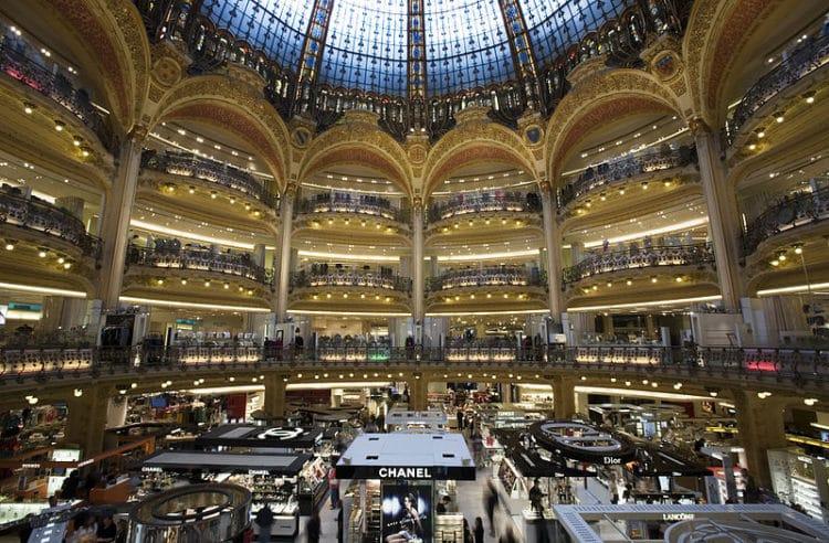Галерея Лафайет - достопримечательности Парижа