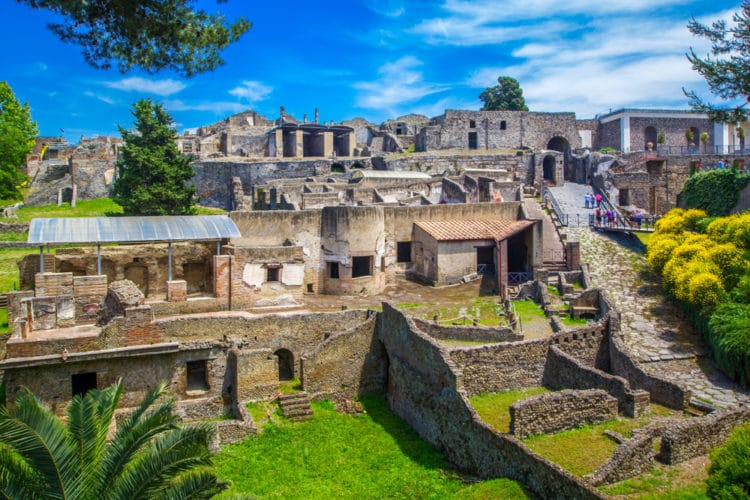 Помпеи - достопримечательности Неаполя