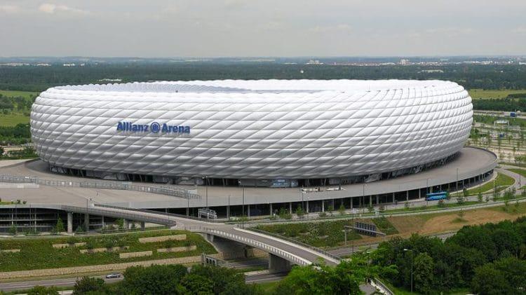 Стадион Альянц Арена - достопримечательности Мюнхена