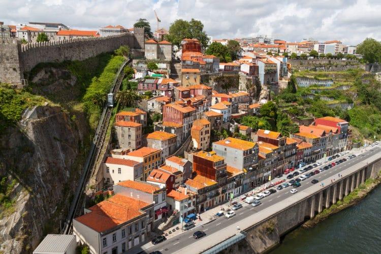 Фуникулёр - Что посмотреть в Порту