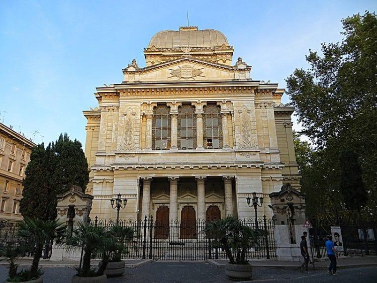 Большая Синагога или Tempio Maggiore - достопримечательности Рима