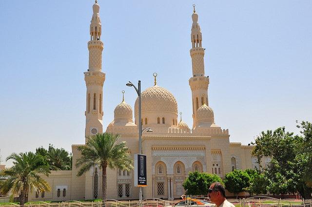 Мечеть Джумейра - достопримечательности Дубая