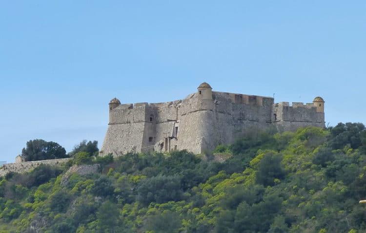 Форт Альбан - достопримечательности Ниццы