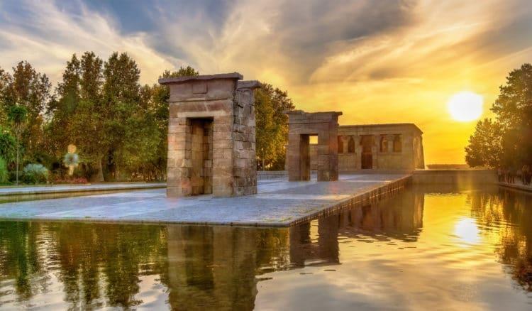 Храм Дебод - достопримечательности Мадрида
