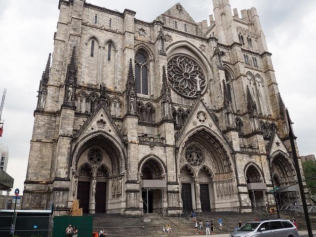 Собор Иоанна Богослова - достопримечательности Нью-Йорка