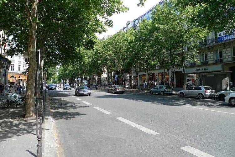 Бульвар Капуцинок - достопримечательности Парижа