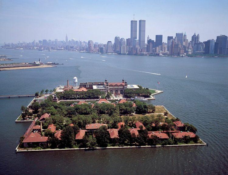 Остров Эллис - достопримечательности Нью-Йорка