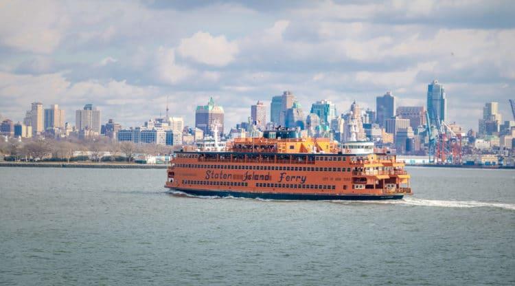 Паром Статен-Айленд Ферри - Что посмотреть в Нью-Йорке