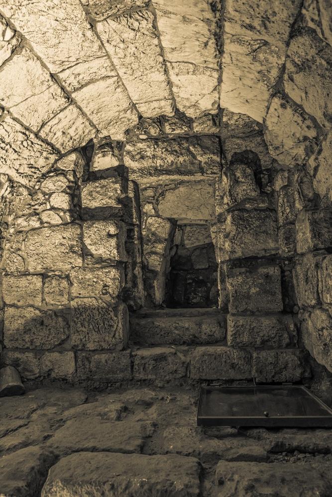Тоннель Западной Стены - достопримечательности Иерусалима