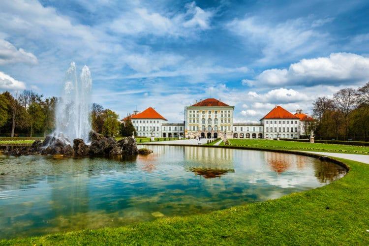 Дворец Нимфенбург - достопримечательности Мюнхена
