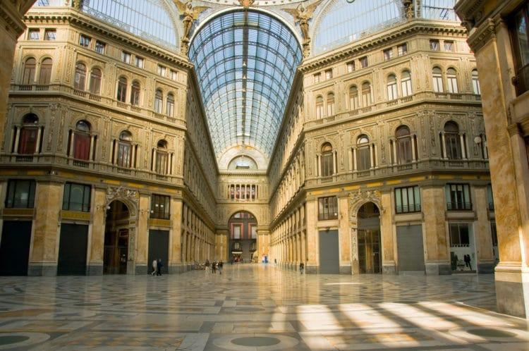 Пассаж Галерея Умберто I - достопримечательности Неаполя