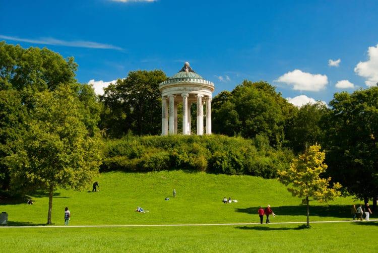 Английский сад - достопримечательности Мюнхена