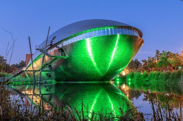 Научный центр «Универсум» - достопримечательности Бремена