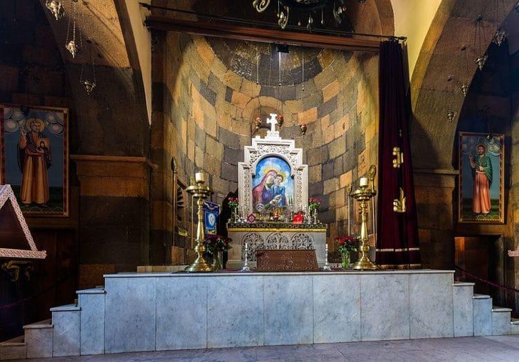Церковь Святой Зоравор - достопримечательности Еревана