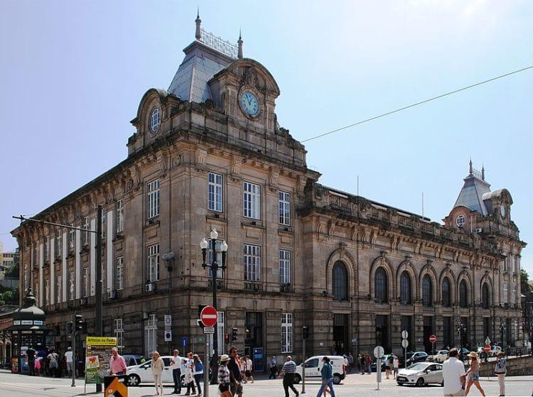 Вокзал Сан-Бенту - достопримечательности Порту