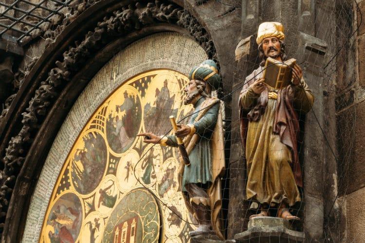 Все достопримечательности Праги в 3 предложениях! Описание   фото и карта