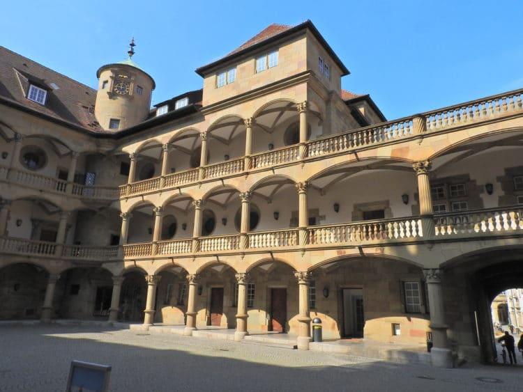 Старый замок - достопримечательности Штутгарта