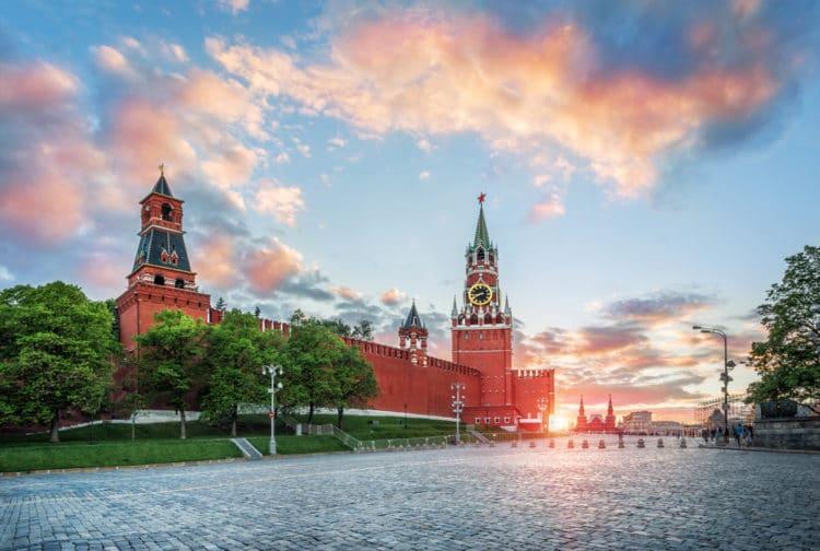 Московский кремль и Красная площадь - достопримечательности Москвы