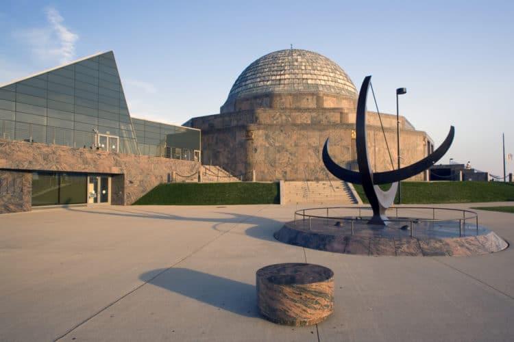 Планетарий Адлера и музей астрономии - достопримечательности Чикаго