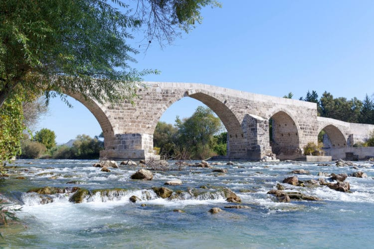 Мост Аспендос - достопримечательности Сиде