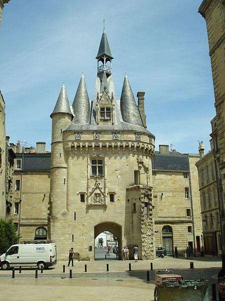 Ворота Кайо - достопримечательности Бордо