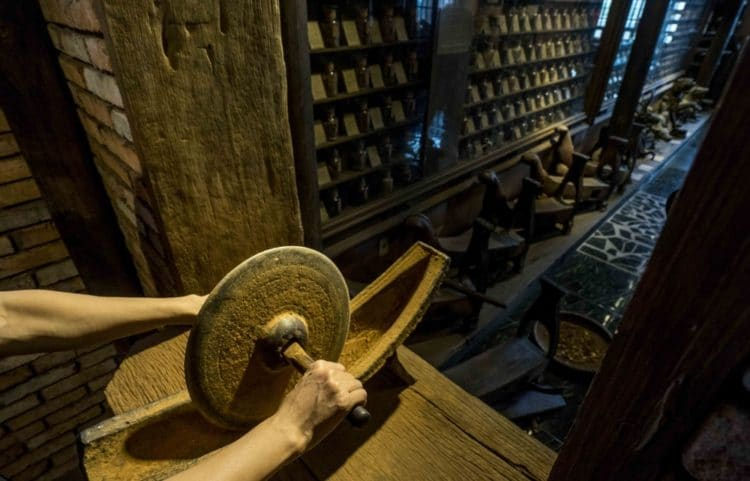 Музей традиционной вьетнамской медицины - достопримечательности Хошимина