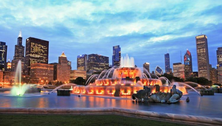 Букингемский фонтан - достопримечательности Чикаго